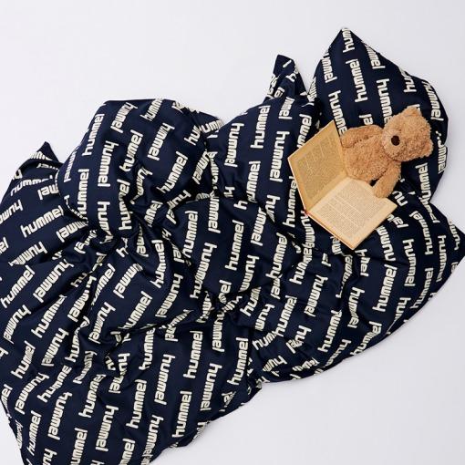 Hummel HMLPOP Black Iris - Sengetøj